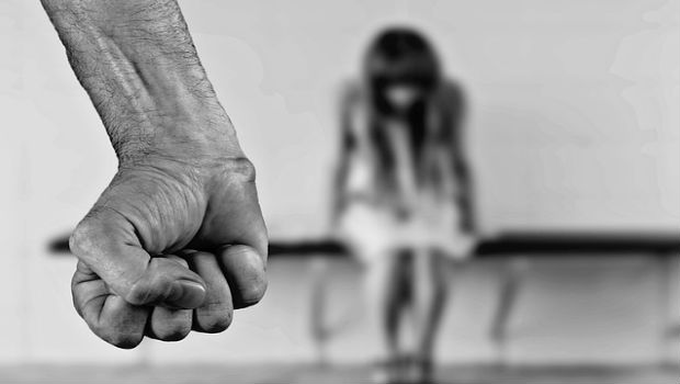 Violencia en las parejas adolescentes