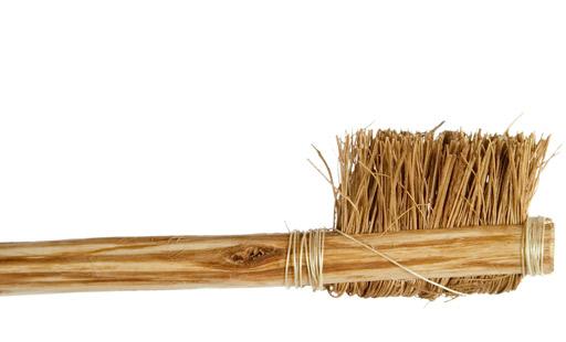 un emperador chino primer inventor del cepillo de dientes